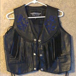 Unik Leather vest with fringe